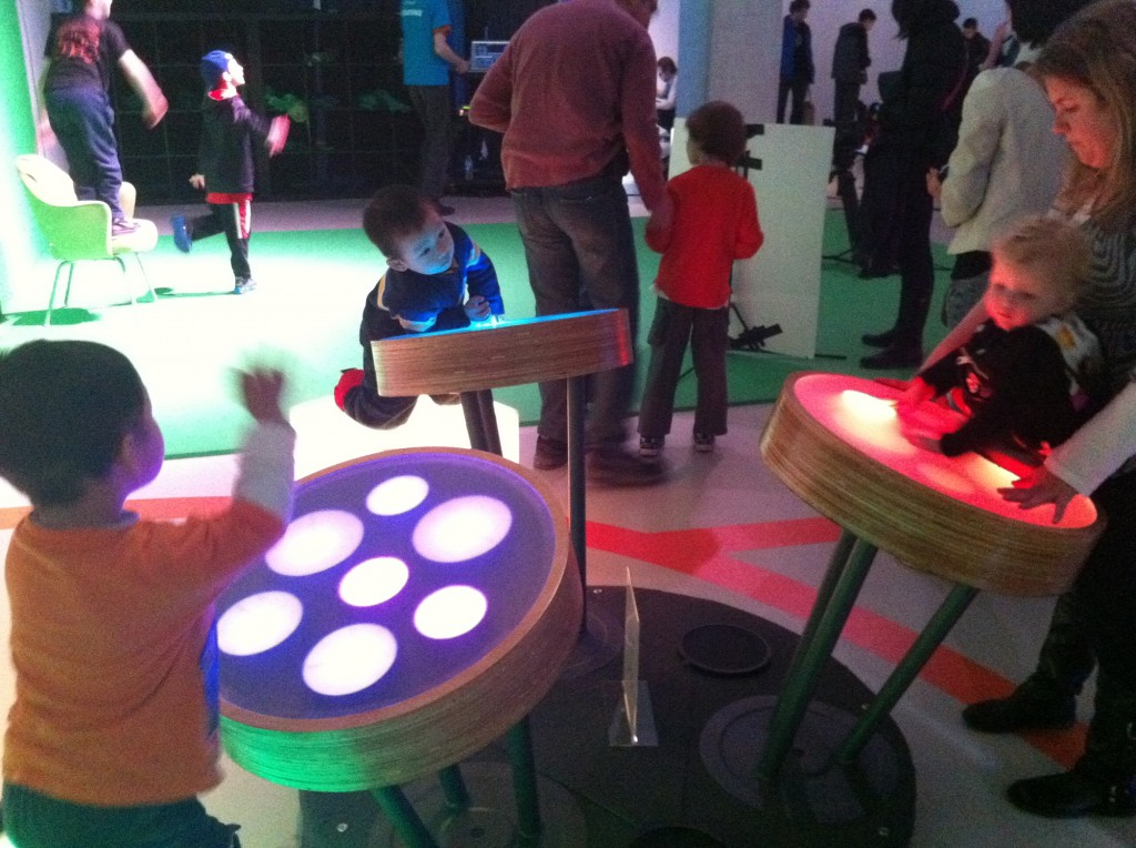 Light Loops at digiPlaySpace 2012